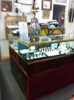 Well known Antiques and Jewellery store