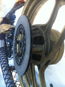 YAMAHA RZ500 RZ RZV500 RD500LC REAR WHEEL COMPLETE  CUSH & ROTOR Windsor Region Ontario image 7
