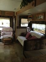 Immaculate Springdale 26 1/2 Fifth Wheel for Sale