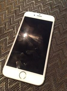 iPhone 6 white/gold 16gb (Bell)
