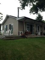 Two bedroom cottage for rent on Upper a Rideau lake, westport, o