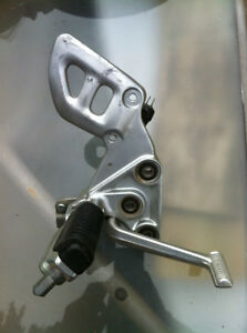 99-07 HYABUSA GSX1300R FRONT FOOT PEGS AND BRACKETS COMPLETE Windsor Region Ontario image 1