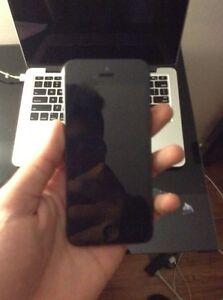 Iphone 5 16gb Unlocked  West Island Greater Montréal image 5