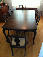 Antique Dining Table and 6 Chairs - Eatons 1920's