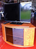 32 inch Panasonic TV with TV stand