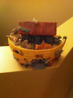 Noah's Ark musical coin bank