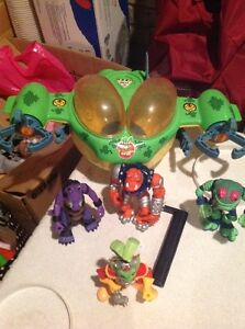 Bucky o'hare figures from the 90's London Ontario image 2