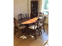 MAHOGANY TABLE AND EIGHT CHAIRS