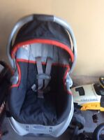 Graco car seat ,base and Carrie