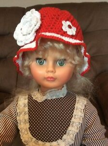 Little girls red cloche hat for Valentines