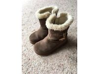 Girls Clarks winter boots - size 5.5 F
