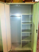 Golf Storage Locker / with hanging bar and shelves