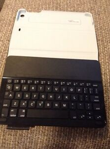 iPad mini keyboard case  St. John's Newfoundland image 1