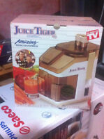 Juice Tiger Household JUICE EXTRACTOR Juicer Made in France