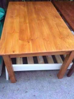 Solid Timber Dining Tablefree Delivery Size15m X 09mx074m