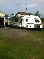 Travel Trailer Heartland North Trail 28BHS  28 Ft