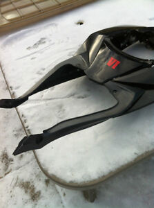 GSXR750 SUZUKI 08-10 TAIL SECTION WITH TAIL LIGHT & SIGNAL Windsor Region Ontario image 9