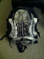 Selling a brand new Cerrotorre 40 backpack by The North Face!