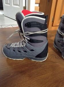 Snowboard with boots for 200$ Gatineau Ottawa / Gatineau Area image 5