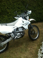 Suzuki DRZ 400S 2009 double usage (mi-route, mi-trail)
