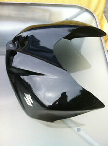GSXR750 SUZUKI 08 GAS TANK COVER Windsor Region Ontario image 1