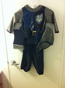 "New Disney Crusader Costume - Fits 26-32 lbs, 33-39"" Ht"