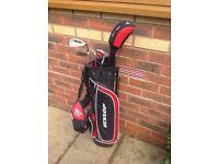 Dunlop Junior half set of left handed clubs and bag
