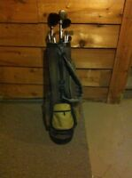 golf bag and right handed clubs