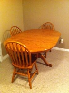 Solid oak dining set  Strathcona County Edmonton Area image 5