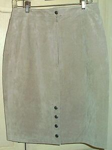 *****Size 13-14 Suede Skirt - Smoke Free, Pet Free - $20*****