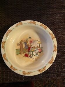 ROYAL DOULTON BUNNYKINS CURVED LIPPED THICK CERAL BOWL CLEANING