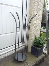 Umbrella/hat stand £6 ideal for keeping your cupboard tidy call 07922229852