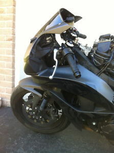 PARTING OUT A 2008 HONDA CBR600RR WITH  2000 MILES Windsor Region Ontario image 4