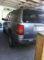 1997 Jeep Grand Cherokee 4-door SUV, Crossover