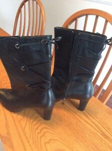 Black Leather Rockport boots