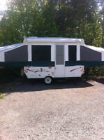 2008 Palomino Real Lite Camper, 10 ft.