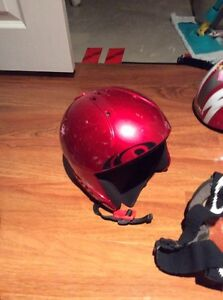 2 KIDS HELMETS WITH GOGGLES London Ontario image 5