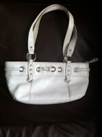GENUINE WHITE LEATHER BAG  VERY GOOD PRE-OWNED CONDITION,