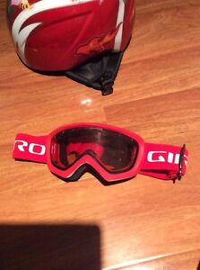 2 KIDS HELMETS WITH GOGGLES London Ontario image 3
