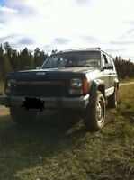 1992 Jeep Cherokee Sedan/ looking to trade for a 125 2 stroke DB