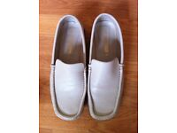 lovely leather shoes from George worn but in very good condition size 6 Bargain at £4