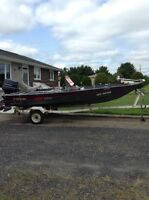 16' Fisher fishing boat with motor & trailer