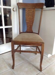Antique Oak Chair-McGill Chair Company Cornwall