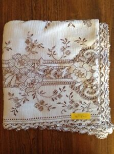 4 Matching Lace Tablecloths London Ontario image 4