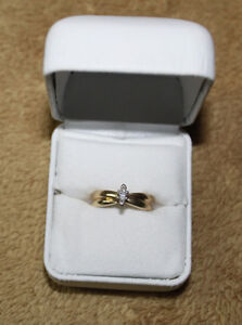 14K gold solitaire engagement ring marquise cut with appraisal Kingston Kingston Area image 3