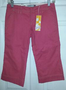 OLD NAVY Pink Stretch Capris Pants - Size 0 - NEW Gatineau Ottawa / Gatineau Area image 3