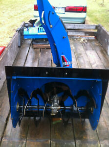 YAMAHA YS624 FRONT SCOOP WITH THE AUGER Windsor Region Ontario image 1