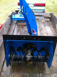 YAMAHA YS624 FRONT SCOOP WITH THE AUGER