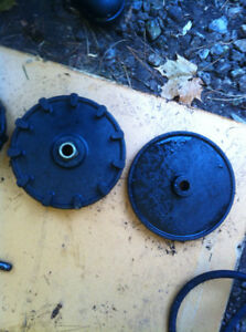 YAMAHA YS624 SNOW BLOWER WHEEL COGS CABLE COVER AND SHOOT SHAFT Windsor Region Ontario image 5