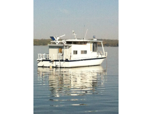 Used 1993 Other River boat style house boat